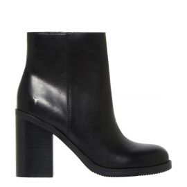 Black round toe boot with block heel